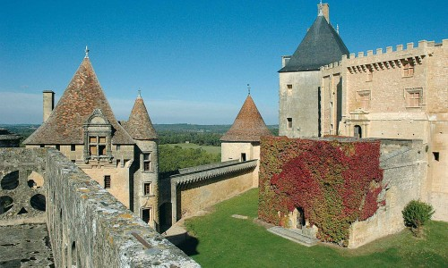 Castles and Bastides