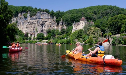 Free canoe trip on the Dordogne