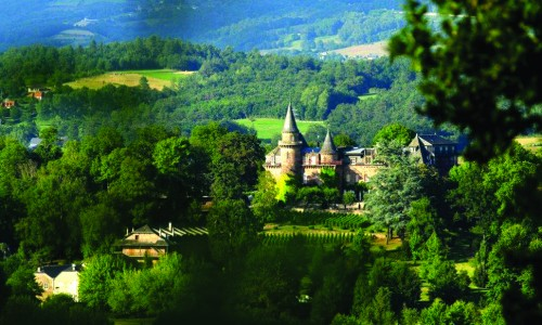 Between authentical villages and gorges of the Dordogne